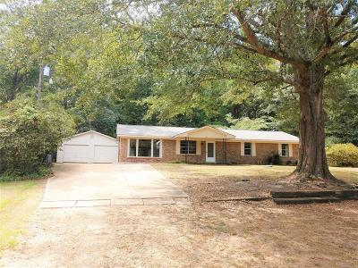 Prattville AL Single Family Home For Sale: $160,000