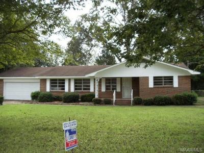 Selma Single Family Home For Sale: 2503 Parkway Drive