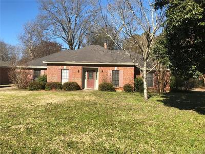 Single Family Home For Sale: 4247 Cleve Drive