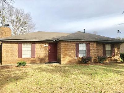 Millbrook Single Family Home For Sale: 1768 Deatsville Highway