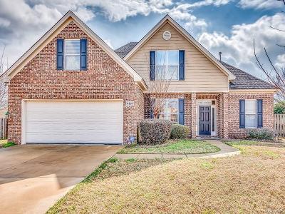 Deer Creek Single Family Home For Sale: 8169 Grayson Grove