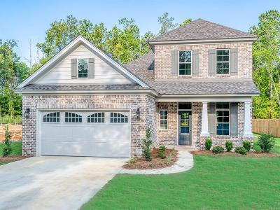 Sturbridge Single Family Home For Sale: 8526 Sunrise Loop