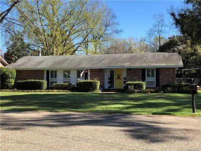 Selma Single Family Home For Sale: 209 Pine Needle Drive