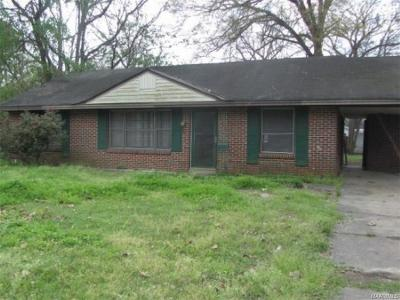 Montgomery Single Family Home For Sale: 1006 Lynwood Drive