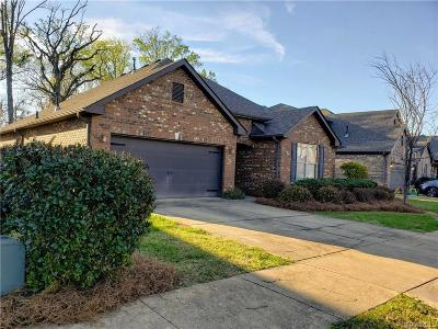 Montgomery Single Family Home For Sale: 1430 E Meadow Glen Rd Road #1006
