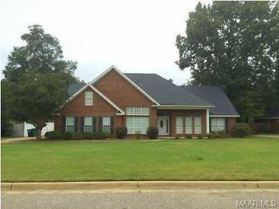 Millbrook Single Family Home For Sale: 91 Live Oaks Drive