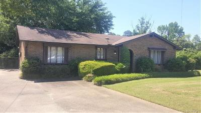 Single Family Home For Sale: 6467 Pinebrook Drive