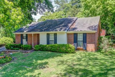 Montgomery Single Family Home For Sale: 3209 Hillcrest Lane