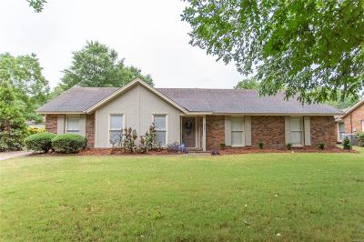 Single Family Home For Sale: 3936 Ray Drive