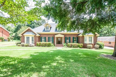 Prattville Single Family Home For Sale: 205 Deer Run Drive