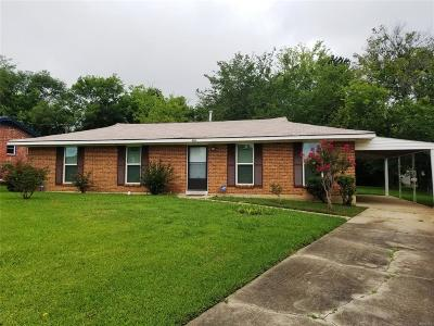 Montgomery AL Single Family Home For Sale: $69,900