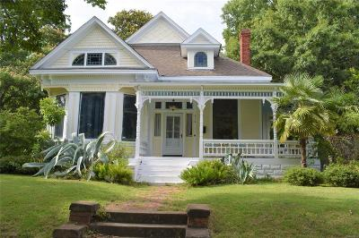 Montgomery Single Family Home For Sale: 616 Clayton Street