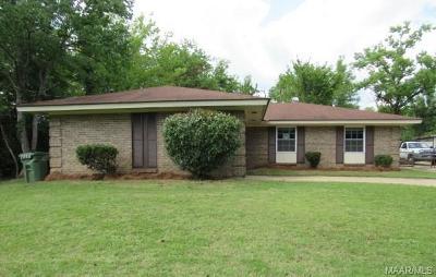 Montgomery Single Family Home For Sale: 3021 Renee Drive