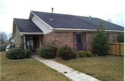 Montgomery Single Family Home For Sale: 2801 Country Court