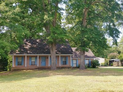 Millbrook Single Family Home For Sale: 3115 Old Mill Run