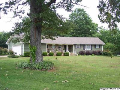 Scottsboro AL Single Family Home For Sale: $219,900