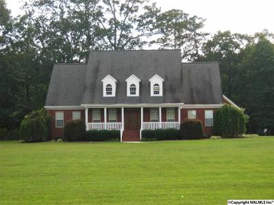 Boaz Single Family Home For Sale: 952 Sardis Cut Off Road