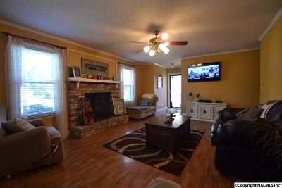 Albertville Single Family Home For Sale: 303 Ohara Drive