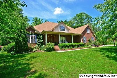Toney Single Family Home For Sale: 130 Honey Brook Drive