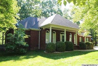 Toney Single Family Home For Sale: 127 Phantom Drive