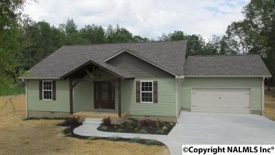Albertville Single Family Home For Sale: 2150 Kuykendall Road