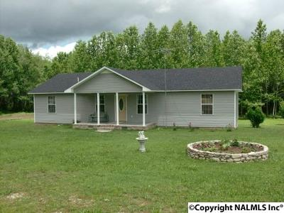Single Family Home For Sale: 9879 Alabama Highway 71