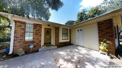 Harvest Single Family Home For Sale: 106 Greenwood Circle