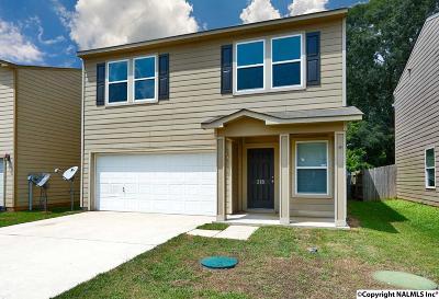 Harvest Single Family Home For Sale: 218 Farmington Drive
