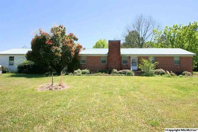 Scottsboro Single Family Home For Sale: 1550 Gant Road