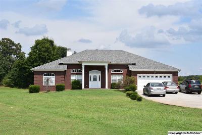 Toney Single Family Home For Sale: 121 Turney Lane