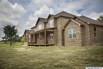 Albertville Single Family Home For Sale: 202 County Road 355