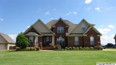 Toney Single Family Home For Sale: 25328 Drury Lane