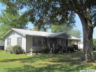 Dekalb County, Marshall County Single Family Home For Sale: 114 Broadway Street