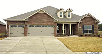 Madison Single Family Home For Sale: 104 Tori Drive