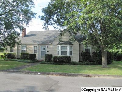 Albertville Single Family Home For Sale: 105 East Alabama Avenue