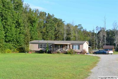 Madison County, Limestone County Single Family Home For Sale: 16527 Fort Hampton Road
