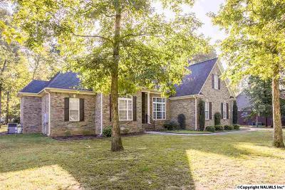 Toney Single Family Home For Sale: 131 Honey Brook Drive