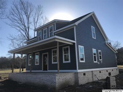 Guntersville Single Family Home For Sale: 5701 Spring Creek Drive