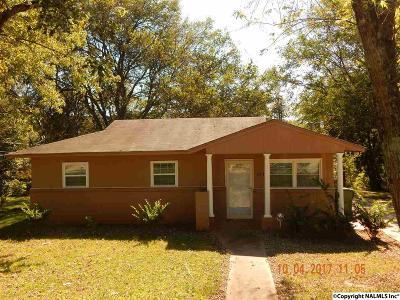 Huntsville Single Family Home For Sale: 177 NE Wilkenson Drive