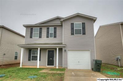 Harvest Single Family Home For Sale: 178 Cloverbrook Drive