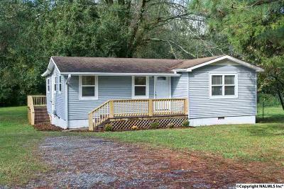 Scottsboro Single Family Home For Sale: 203 Lee Street