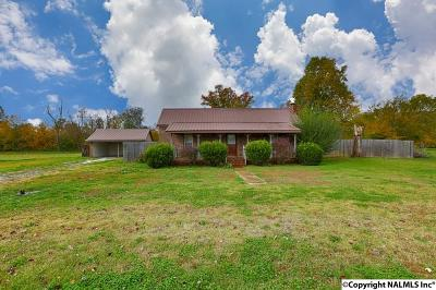 Harvest Single Family Home For Sale: 14949 Dupree Worthey Road