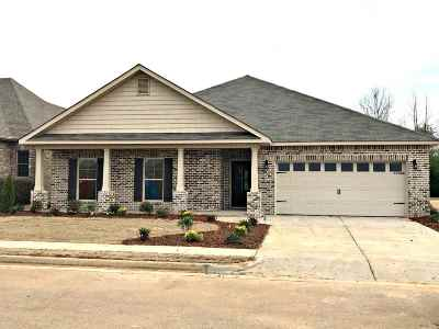 Single Family Home For Sale: 26960 Mill Creek Drive