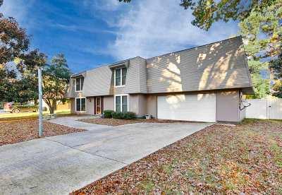 Single Family Home For Sale: 10023 Nadina Drive