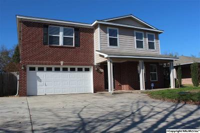 Madison Single Family Home For Sale: 404 Jasmine Drive