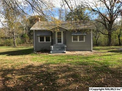 Valley Head AL Single Family Home For Sale: $54,000
