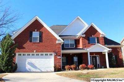 Madison Single Family Home For Sale: 160 Clover Ridge Drive