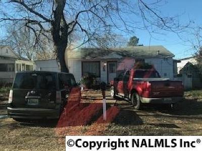 Single Family Home For Sale: 2615 Huntsville Street