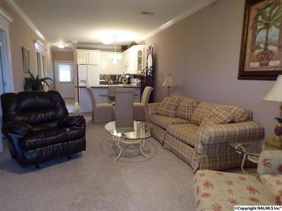 Athens Condo For Sale: 5799 Bay Village Drive