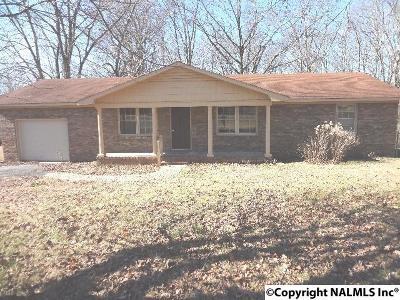 Scottsboro Single Family Home For Sale: 20321 Alabama Highway 79